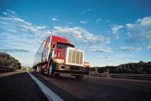 Fleet Truck with Optimized Enterprise Mobility Solution